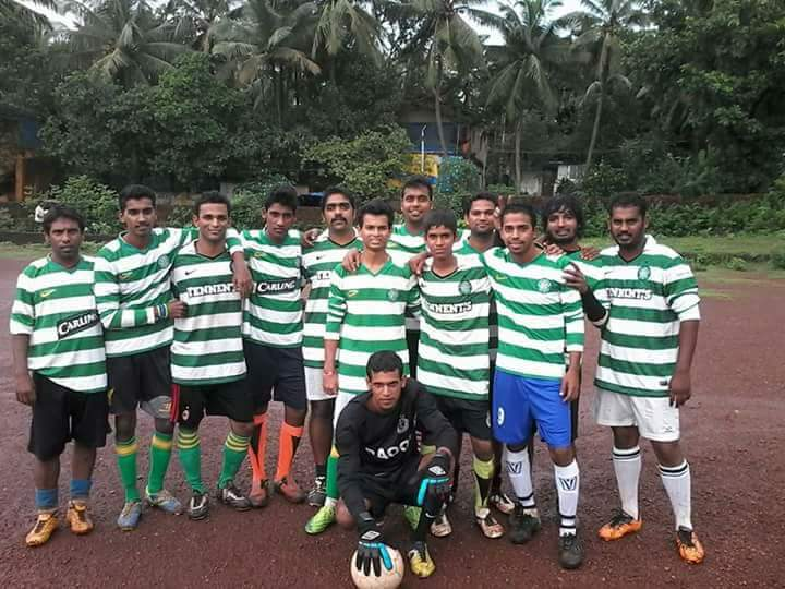 Hi Ed, Team in Goa,India who proudly wear the hoops! If anybody is holidaying in Goa and has an old top, Arol who works in the Stone House pub in Candolim would be delighted to take! Cracking pub too!
